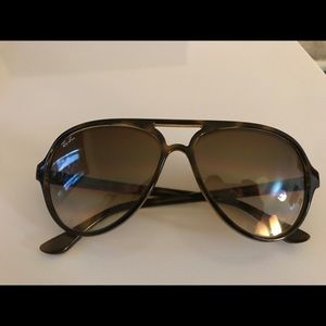 Authentic Rayban sunglasses/ brown